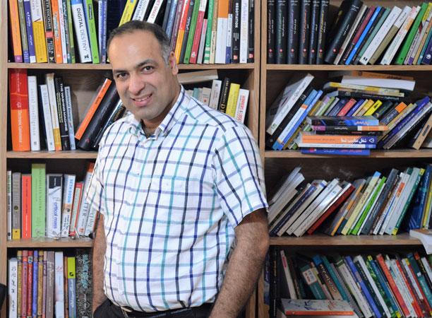 سلام - محمدرضا شعبانعلی هستم و شما دارید به آخرین فایل رادیو مذاکره گوش می دید!