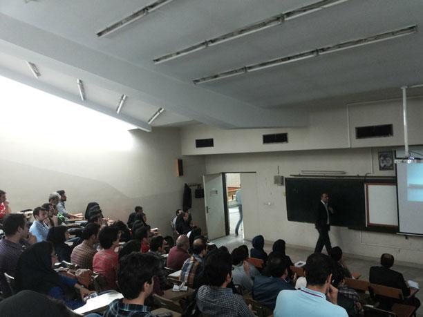 لحظه نگار - محمدرضا شعبانعلی در کلاس درس مذاکره