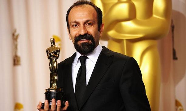 اصغر فرهادی دریافت کننده جایزه اسکار برای جدایی نادر از سیمین