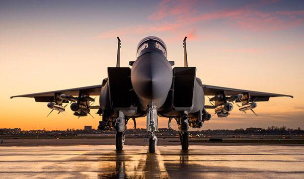 هواپیمای F15 - قطر خالد العطیه
