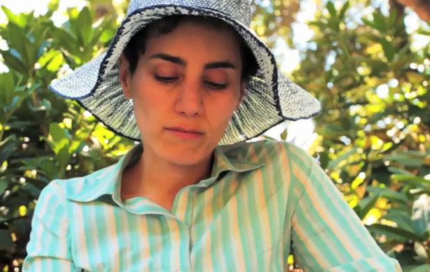 درگذشت مریم میرزاخانی در شرایط رخ داد که چهار سال بیماری سرطان خود را تقریباً در سکوت مطلق خبری گذرانده بود