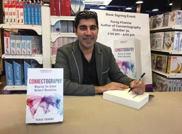 پاراگ خانا نویسنده کتاب Connectography